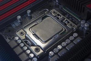 close-up soquete da CPU na placa-mãe do pc foto