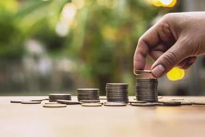 close-up, de, pessoa, empilhamento moedas