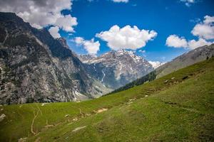 foto de paisagem das montanhas