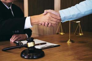 aperto de mão após uma boa consulta