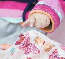 mão de menina