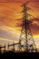 silhueta da subestação elétrica