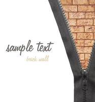 parede de tijolos com zíper vestido foto