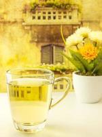 hora do chá em mesa vintage