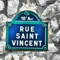 paris -plaque de rue - rue saint vincent - montmartre foto