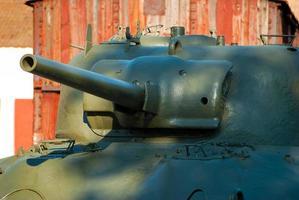 velho tanque sherman foto