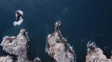 fotografia aérea de formações rochosas