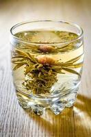 chá de flor de lótus chinesa foto