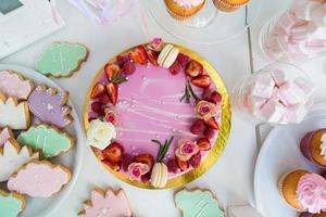 mesa de sobremesa para uma festa. foto