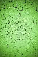 gotas de água no fundo de vidro. foto