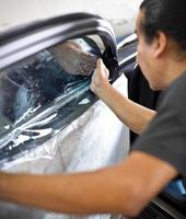 tingimento de janela de carro foto