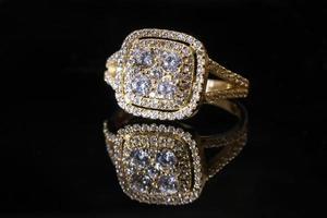 lindo anel de ouro