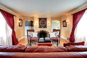 interior luxuoso da sala de estar foto