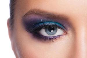 maquiagem dos olhos foto