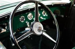 volante de carro retro foto