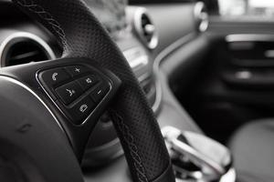 foto close do interior do carro