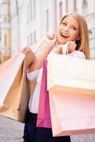 abertura da temporada de compras foto