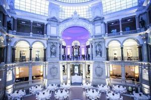 ambiente clássico para banquetes foto