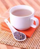 chá de lavanda foto