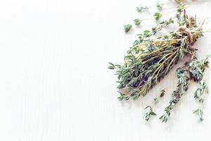 ervas secas de tomilho foto