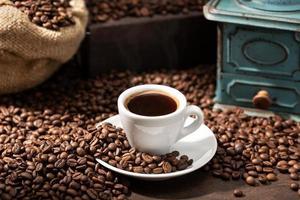 ainda vida de xícara de café expresso foto