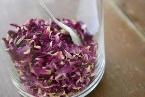 chá rosa guardado, close up foto