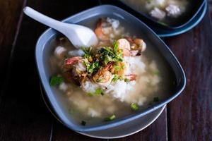 mingau tradicional de mingau de arroz foto
