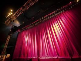 cortina vermelha foto