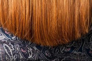 fio de cabelos vermelhos