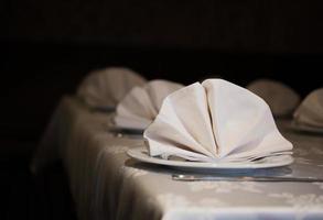 mesa servida foto