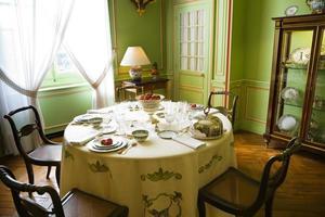 configuração de mesa de luxo antigo foto