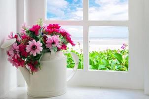 buquê de flores artificiais foto