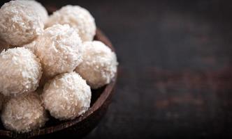 pralinês de coco foto