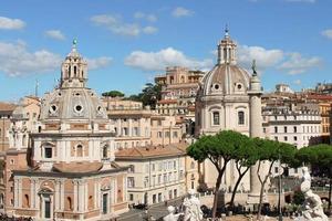 edifícios em roma foto