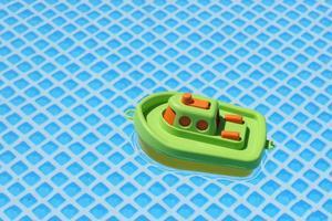 floatie piscina de plástico verde e amarelo