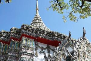 templo budista na tailândia foto