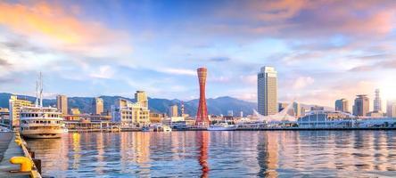 porto de kobe no japão foto