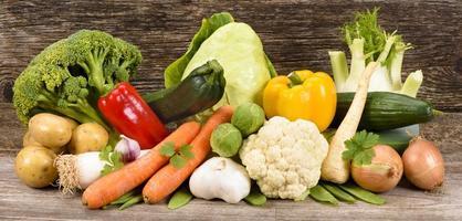 vegetais e frutas frescas foto