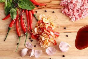 ingredientes de ervas tailandesas foto