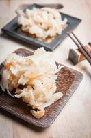 maprow keow feito de coco e açúcar foto