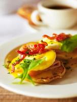ovos saborosos de café da manhã foto