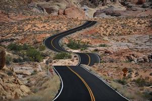 estrada sinuosa vale de fogo foto