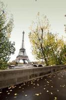 a torre eiffel em paris. lindas fotos da europa