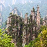 parque florestal nacional de zhangjiajie na província de hunan, china.