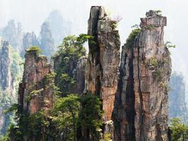 Parque Florestal Nacional de Zhangjiajie na província de Hunan, China