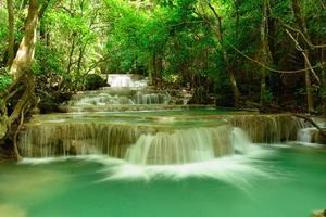 Huay mae kamin cachoeira foto