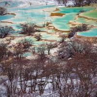 lindas águas claras em Huanglong
