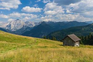 cabana na montanha foto