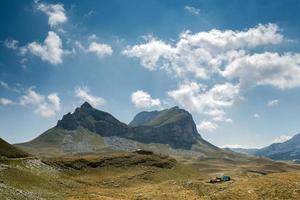 Olhar para a Montanha Sedlo