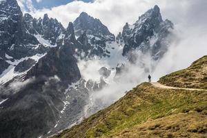 montanha de trekking foto